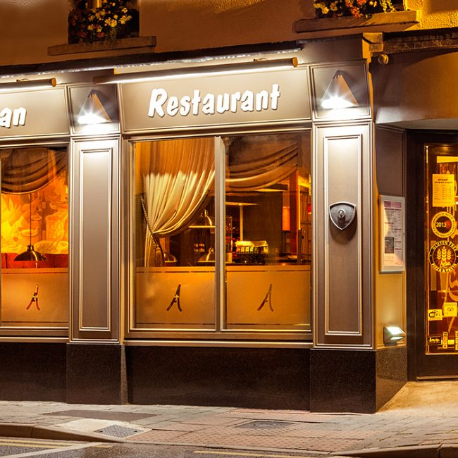 Restaurant Exterior Architectural Retouching Example by Norton Photography and Retouching